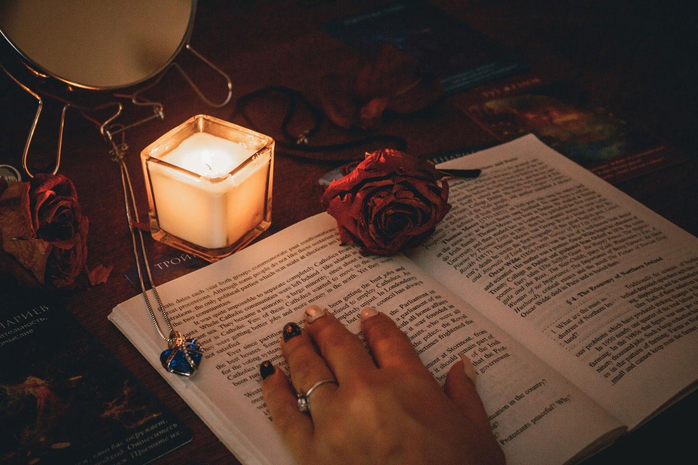 заговоры и не только на любовь мужчины, а что если читать заклинания белой магии не получится так просто по фото, но можно обратиться к ясновидящей